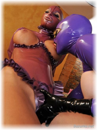 девушки в латексе фото порно