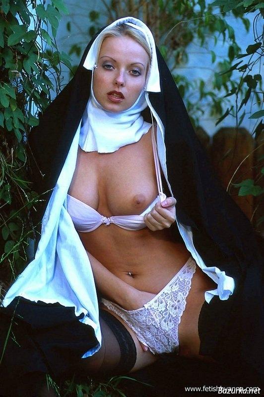 Эротические фото монашек монашки ню 9 фотография